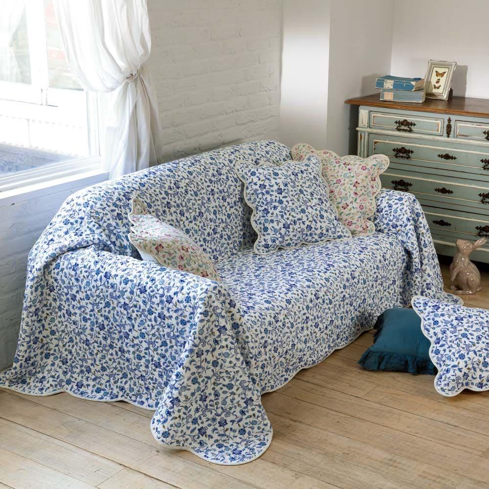 ミントン ウォッシュキルト マルチカバー(ハドンホール) (ア)ブルー系 ※写真は約200×300cmを使用。クッションカバーは別売りです。