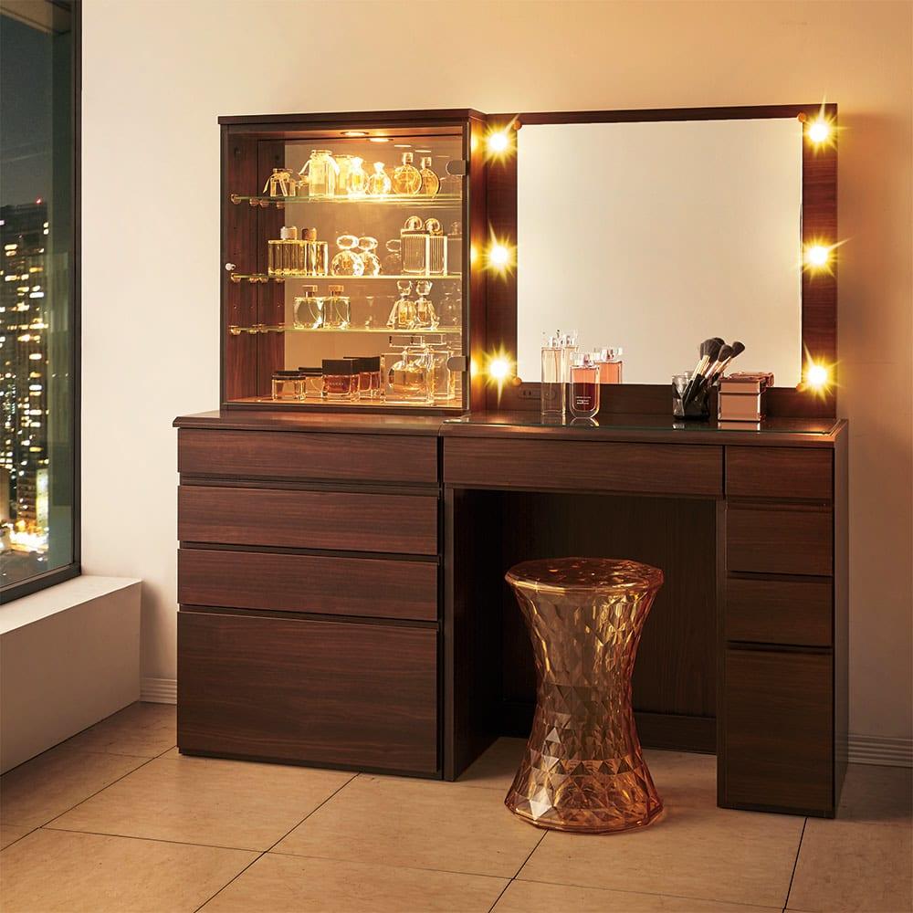 LEDライト付き 楽屋ドレッサーシリーズ ドレッサー 幅78.5cm ベッドルームやクローゼット、リビングルームにもなじむシンプルなデザインで、まるでホテルのようなお部屋を演出します。