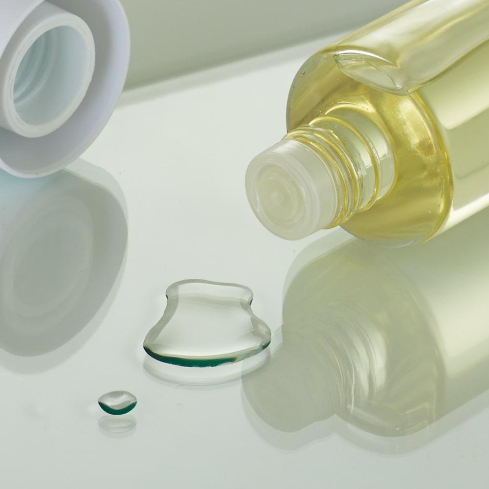 LEDライト付き 楽屋ドレッサーシリーズ ガラスキャビネット付き チェスト 幅60cm 液だれもサッとひと拭きでお手入れも簡単です。