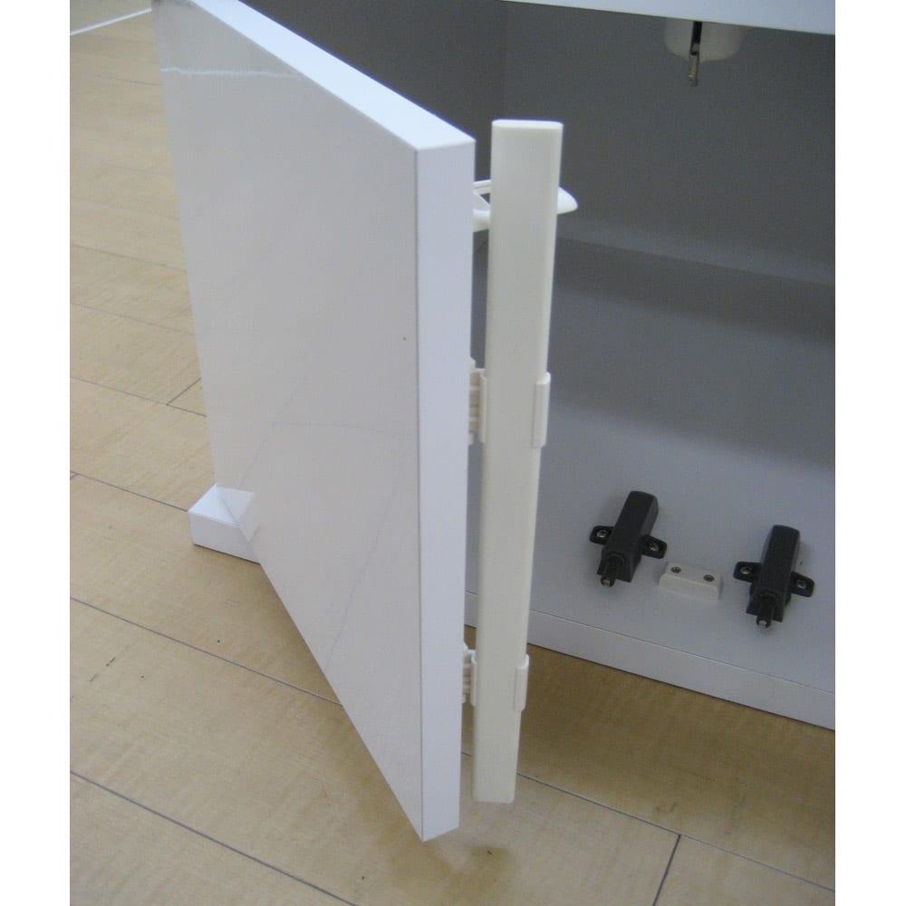 大型パントリーシリーズ 上置き(高さオーダー) 幅60cm・高さ26~90cm(開き戸) 扉にはホコリ避けが付いています。
