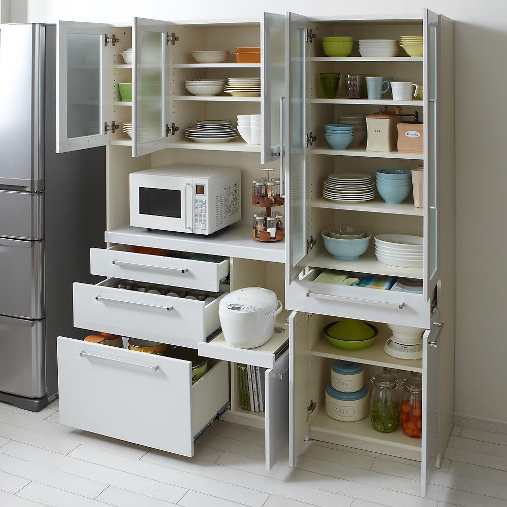 奥行40cm薄型クリーンボディキッチンボードシリーズ レンジボード幅104.5cm [パモウナYC-S1050R] 食器棚に、パントリー・キッチンストッカーに十分に応える大量収納。