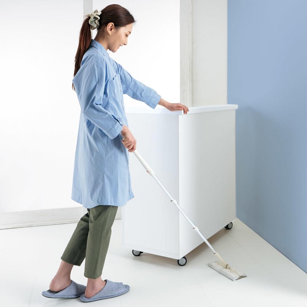 キッチンの間仕切りにも!家電が使いやすい腰高キッチンカウンター 幅90cm [パモウナ WH-90W] キャスターでカウンターが動くから、お掃除もラクラク。