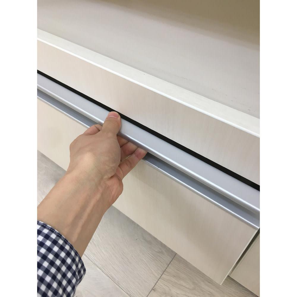 食器もストックもたっぷり収納!天井ぴったりキッチンシリーズ 食器棚 幅60cm奥行45cm 取っ手仕様イメージ