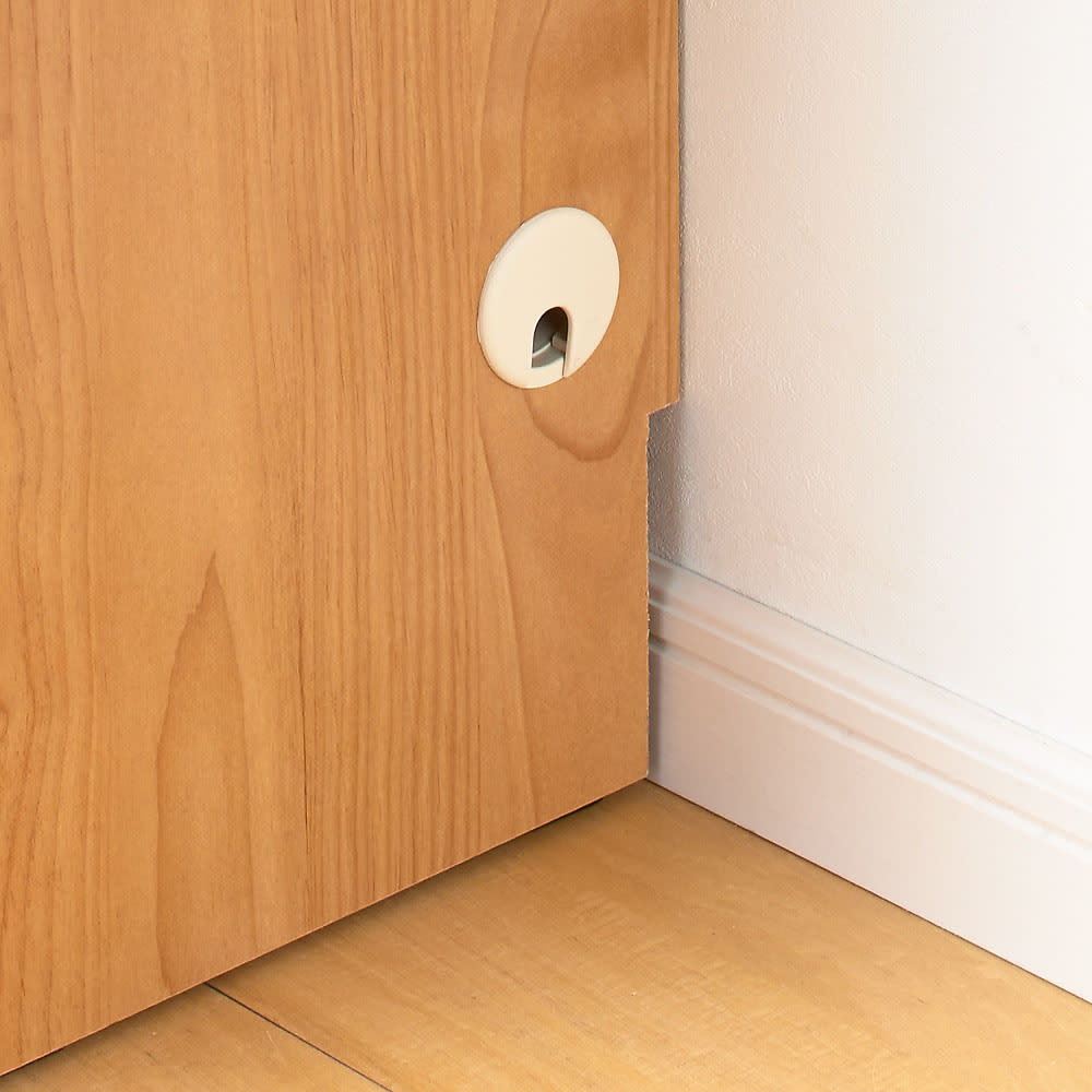 アルダーカウンター下収納庫(奥行23cm) 幅120高さ100cm コード穴は側面の両側面にあります。  横並びに並べる場合は取り外して設置してください。