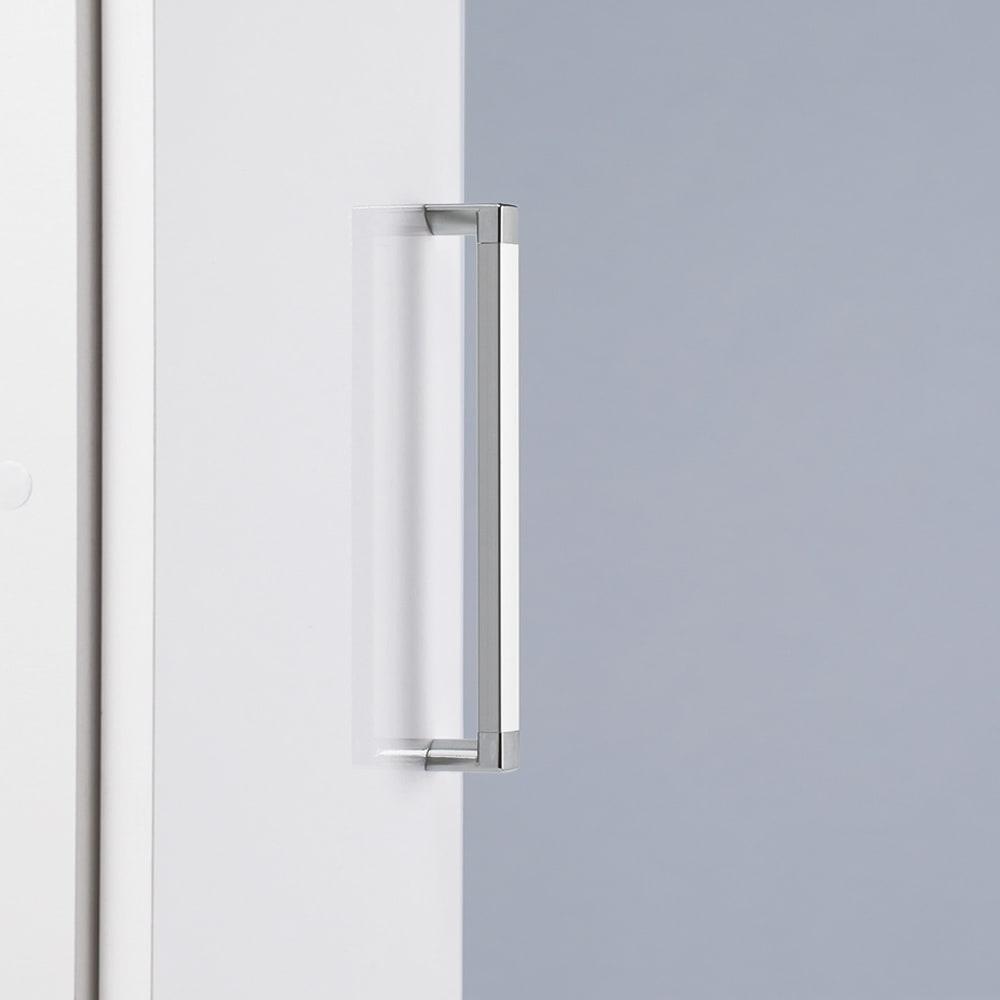 ゴミ箱上を活用できる下段オープンすき間収納庫 幅40cm 持ちやすいアルミ製の取っ手で、開閉がラク。