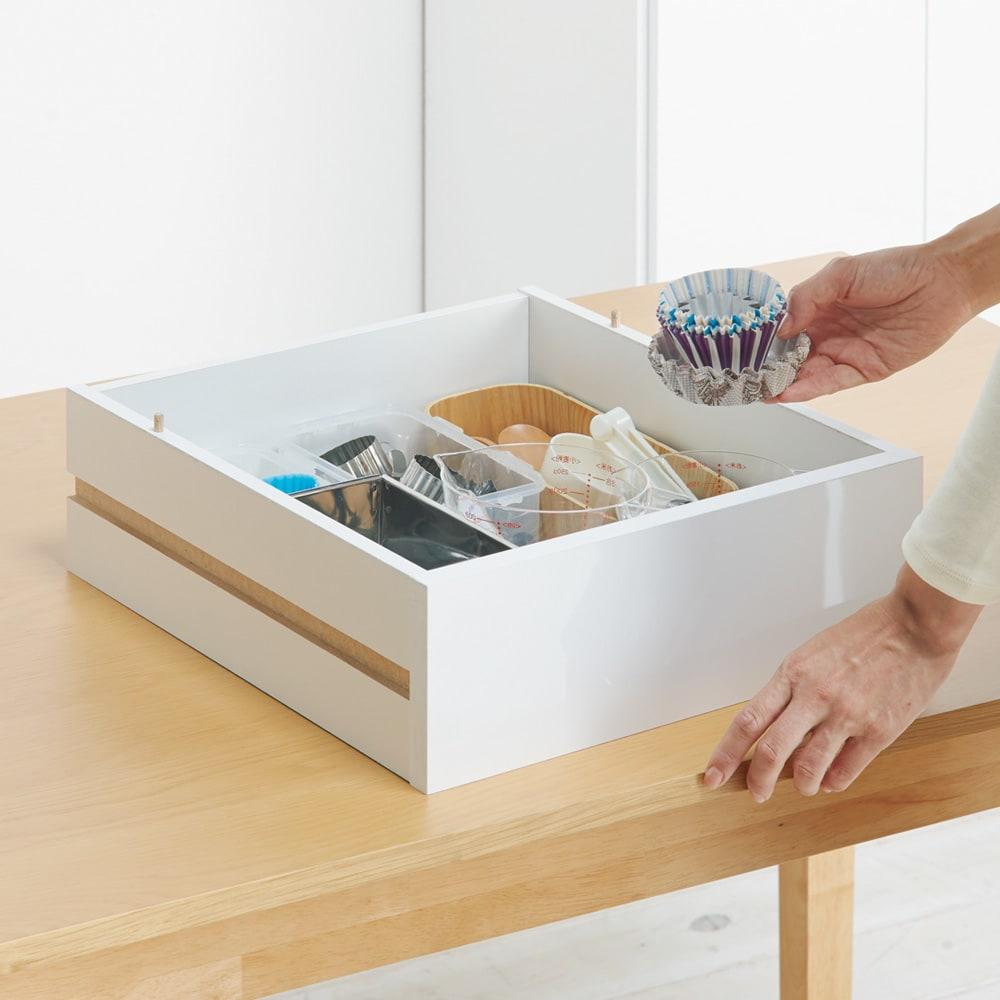 スライドトレー式 大量収納キッチンストッカー 幅50 【管理が簡単、トレーごと移動】一緒に使う物はトレーごと持ち出しても便利。