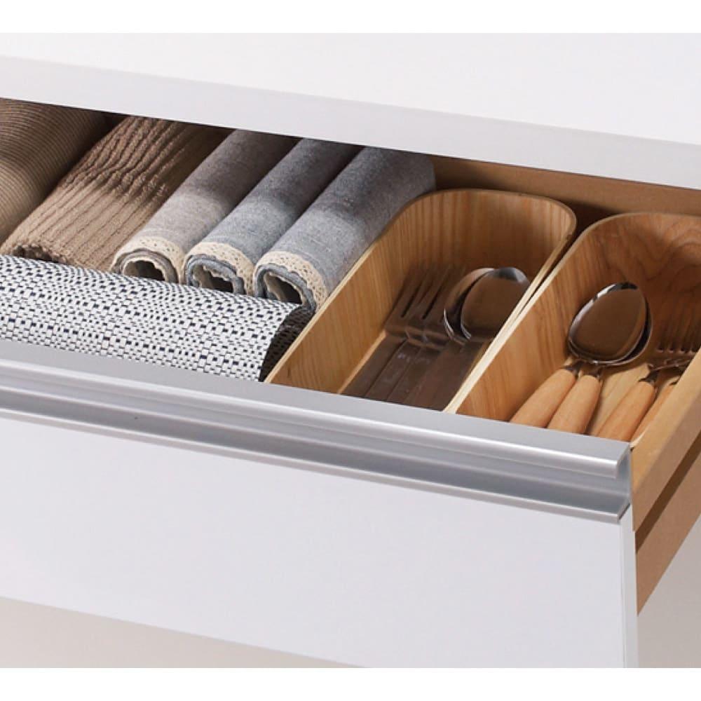 間仕切りキッチンカウンター カウンターデスク 幅65cm デスクは小物に便利な引き出し付き。