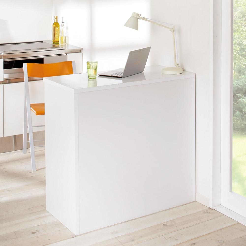 間仕切りキッチンカウンター カウンターデスク 幅90cm 背面からも美しい背面からも美しい間仕切り仕上げ。