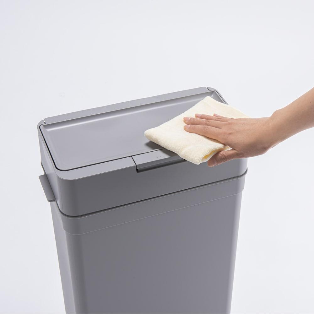 Seals(シールズ) ダストボックス 9.5リットル 水拭きできて、お手入れが簡単です。 ※写真は25リットルタイプです。