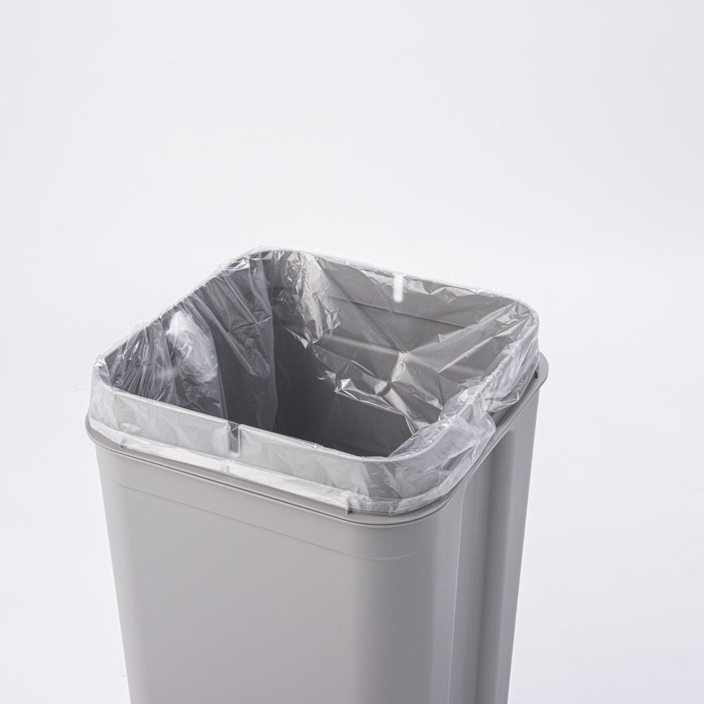 Seals(シールズ) ダストボックス 45リットル 【ゴミ袋セット方法 2】 ゴミ袋をセット。