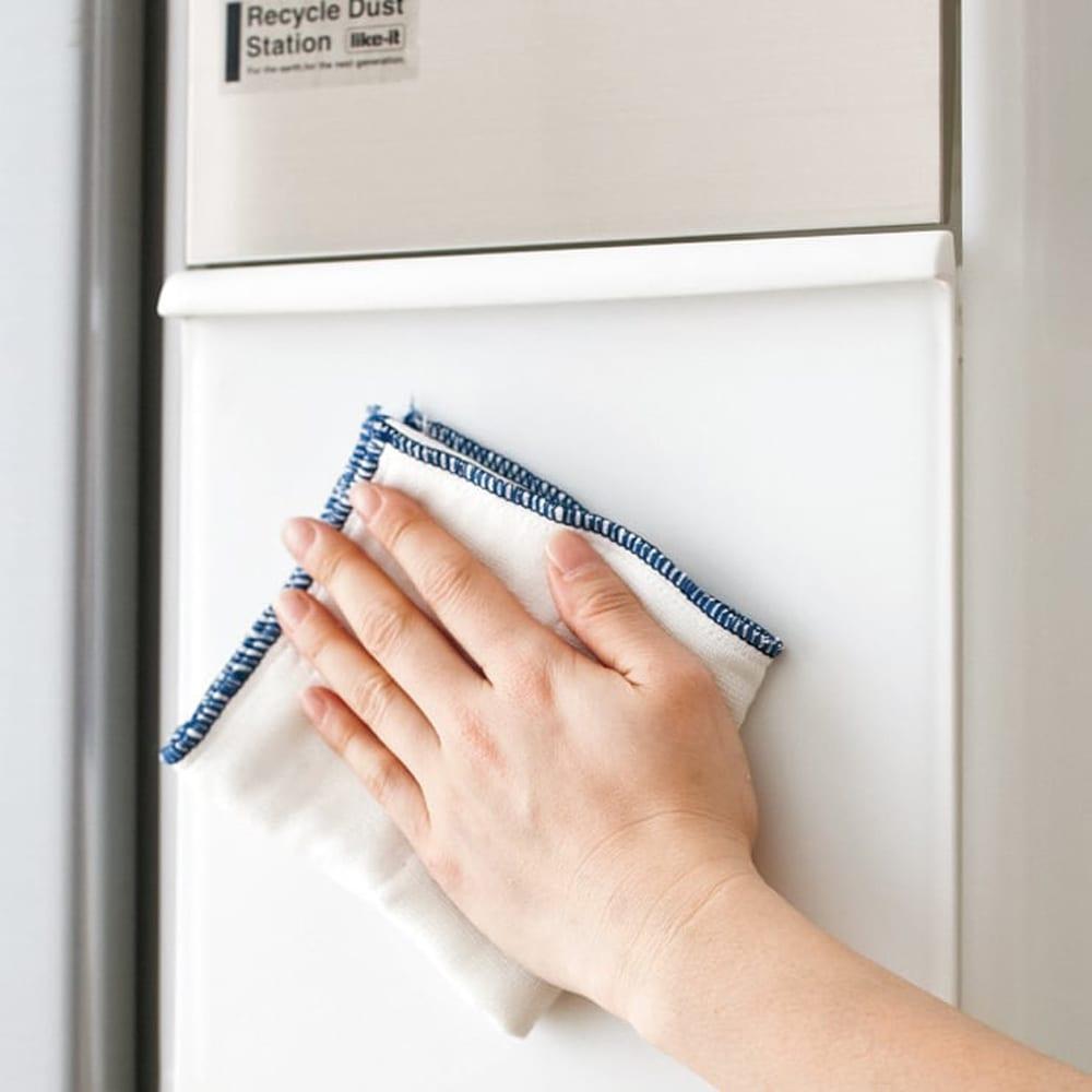 分別スウィングステーション(ダストボックス) 5段・タワータイプ 水、汚れを簡単に拭き取れる樹脂製。