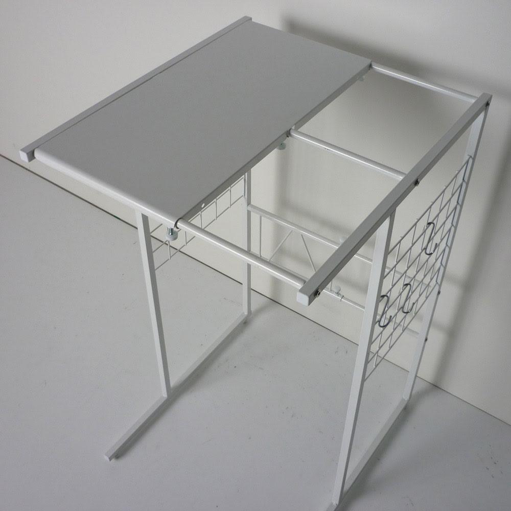 幅が伸縮するキッチン作業台ラック 奥行55cm 幅30cm~50cm ネジで簡単に幅調節可能です。