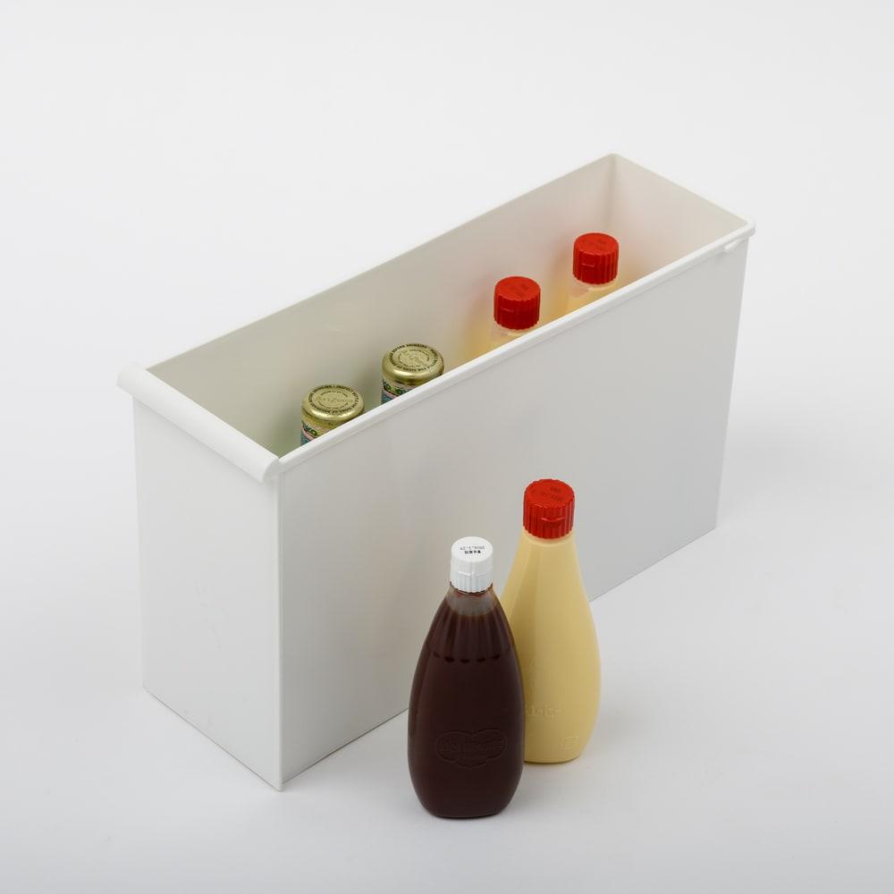 引き出しいっぱいスリムキッチンストッカー 5段・幅17cm 引き出しf・内寸高さ25.5cm。1リットルボトルの調味料など。