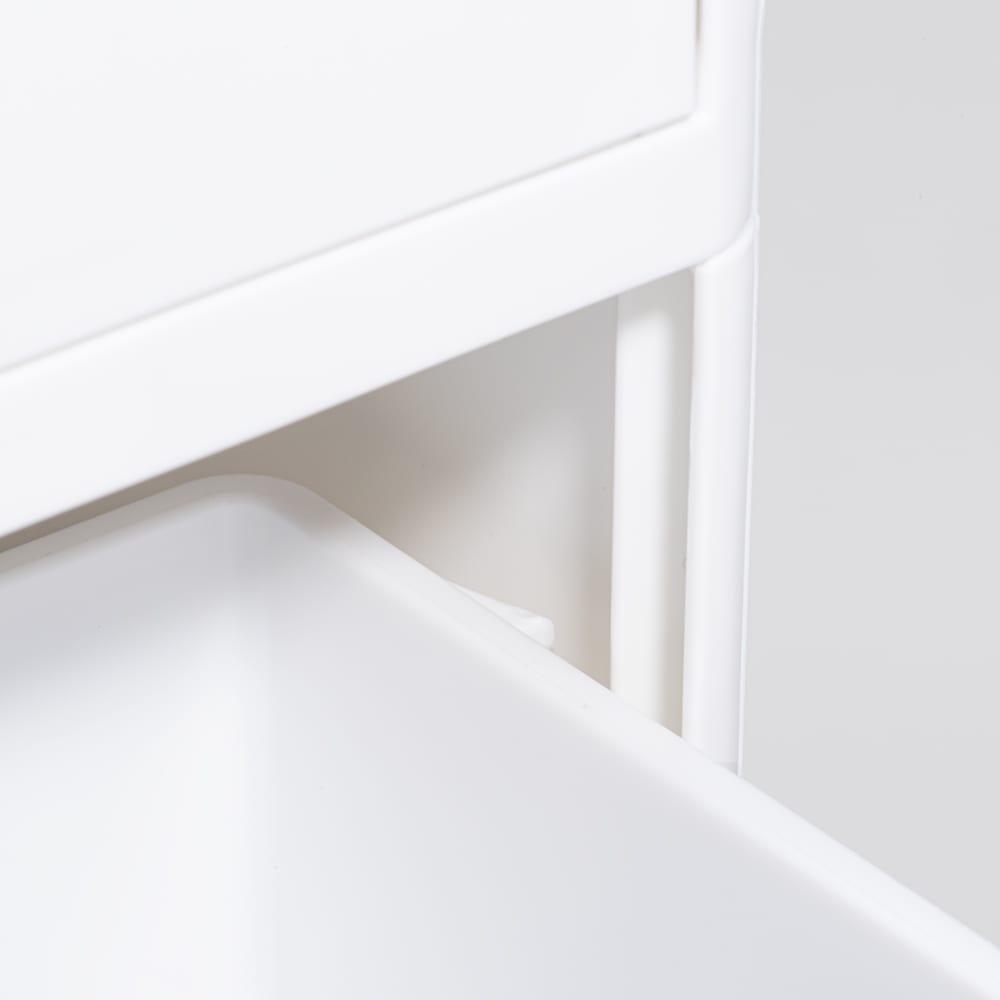 引き出しいっぱいスリムキッチンストッカー 6段・幅17cm 引き出しはストッパー付き。(最下段は除く)