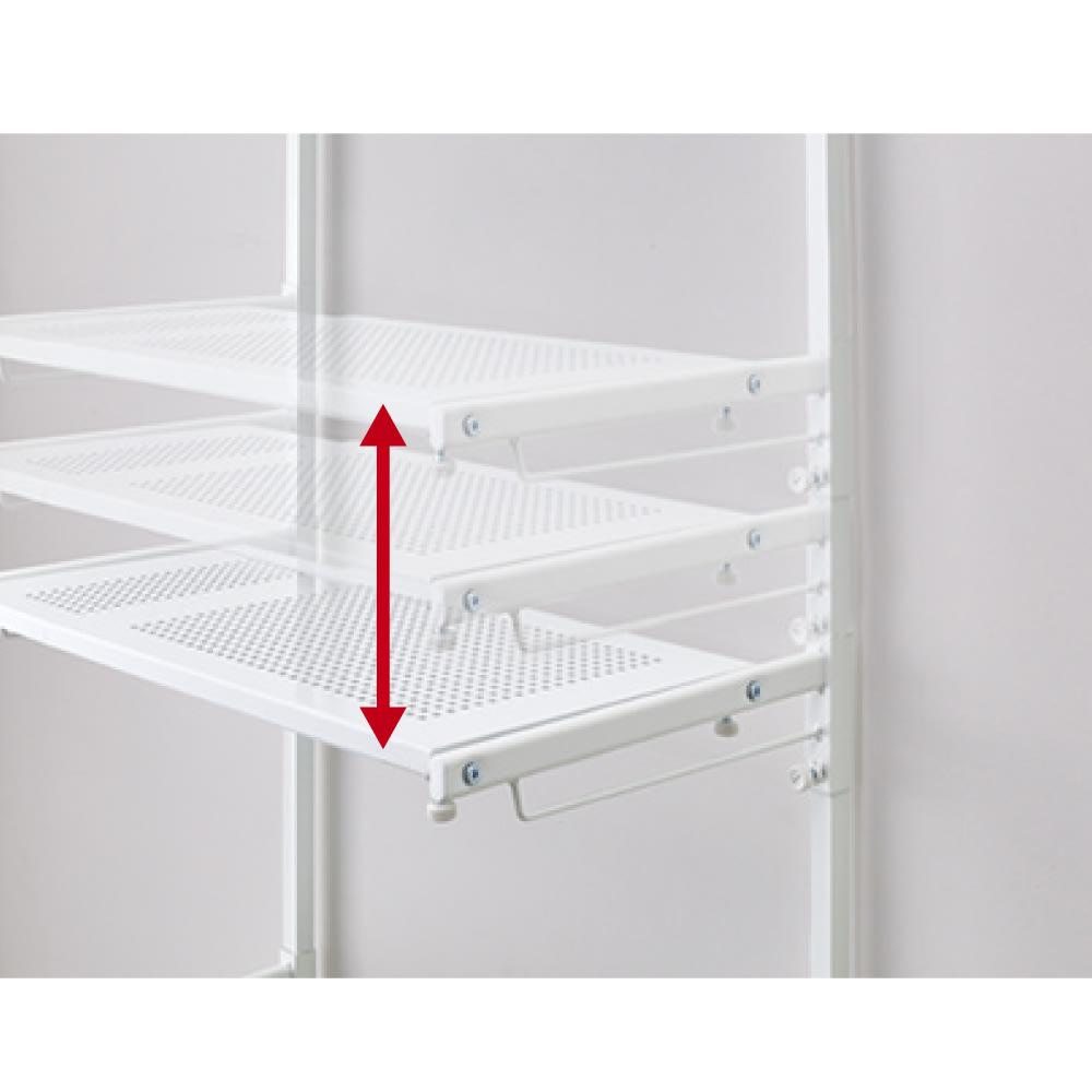 天井の梁や段差が避けられるノルディックランドリーラック 棚2段 棚の高さはお好みの位置に無段階に可動。
