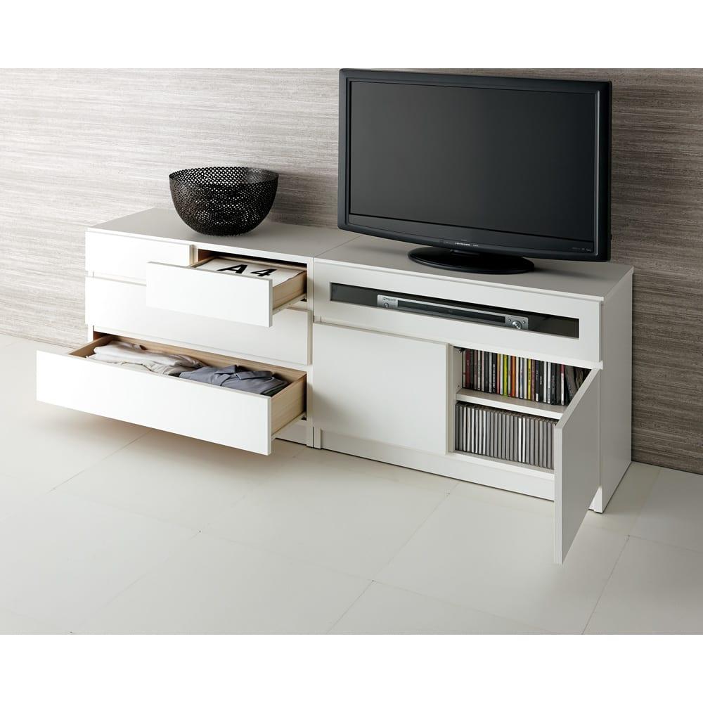 【完成品・国産家具】ベッドルームで大画面シアターシリーズ テレビ台・テレビボード 幅120高さ55cm コーディネート例(ア)ホワイト