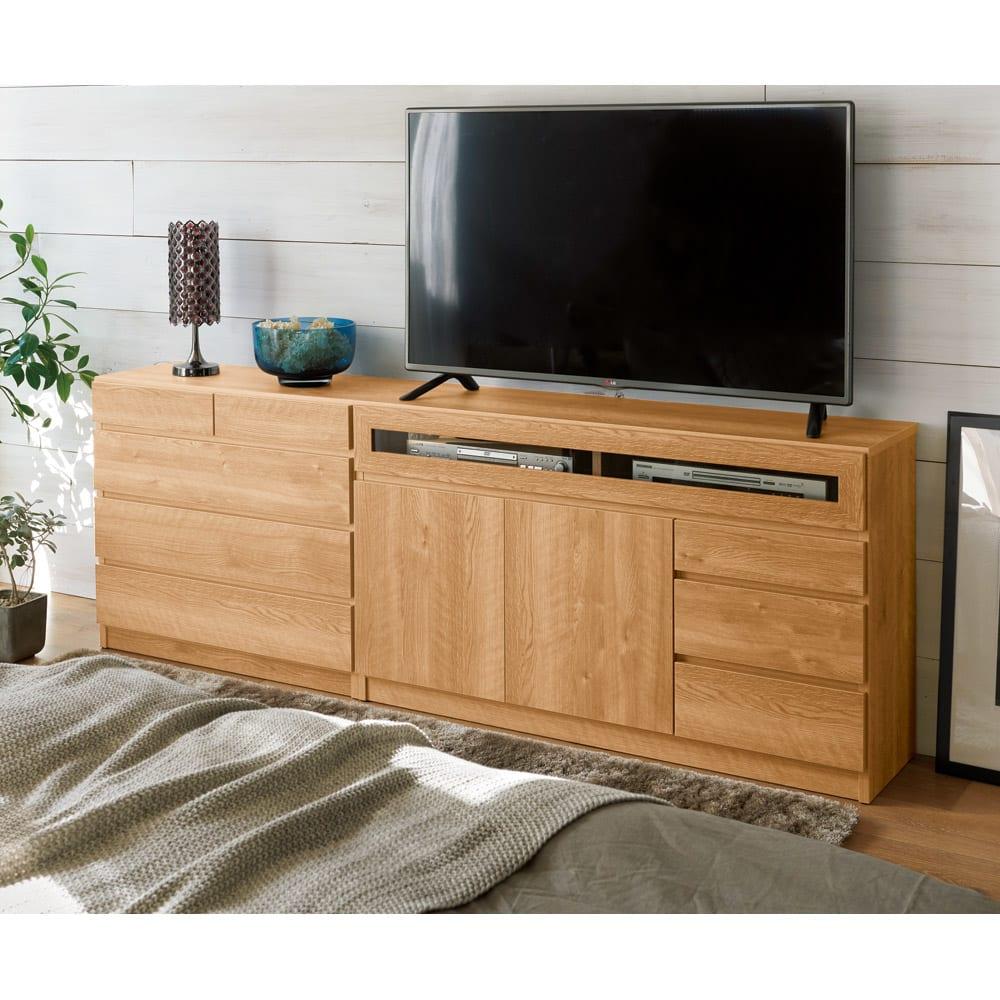 【完成品・国産家具】ベッドルームで大画面シアターシリーズ テレビ台・テレビボード 幅80高さ70cm コーディネート例(エ)ブラウン ※写真のテレビ台は幅120cmタイプです。お届けは幅80cmタイプです。