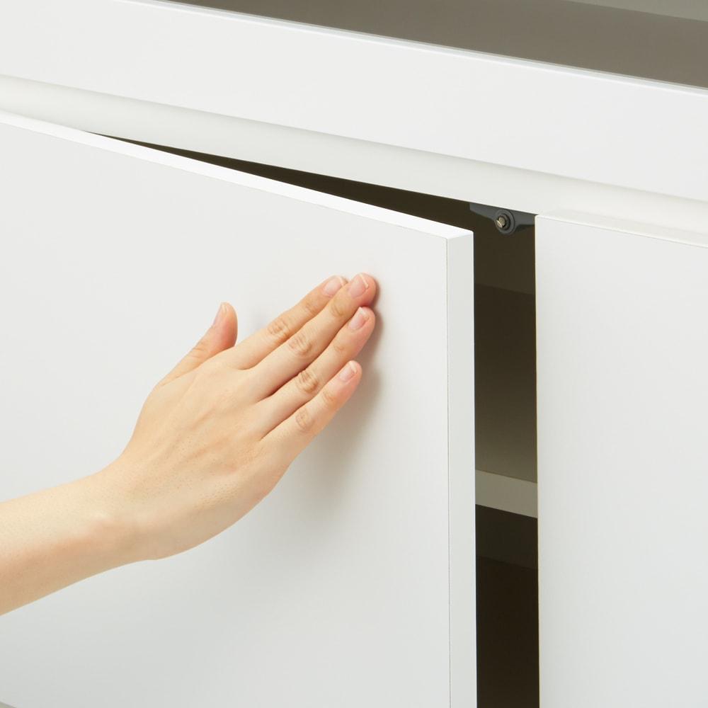 【完成品・国産家具】ベッドルームで大画面シアターシリーズ テレビ台・テレビボード 幅105高さ70cm 扉は、軽く押すだけで開くプッシュオープン式。