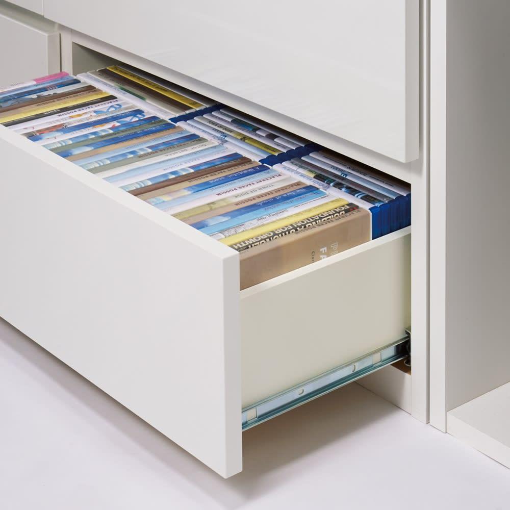 ラインスタイル伸長式テレビ台・テレビボード ロータイプ(高さ48cm) 引き出しはスムーズに開閉するフルスライドレール付き。