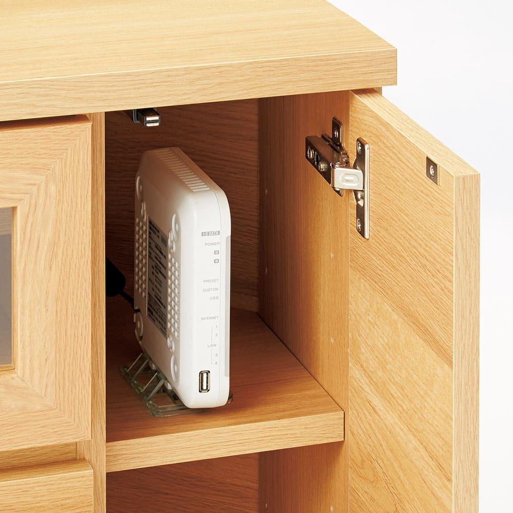 天然木調お掃除がしやすいコーナーテレビ台・テレビボード ハイタイプ 幅120cm 左右の扉部にはルーターやゲーム機の収納も。