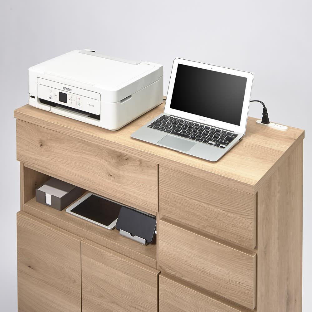 背面にルーターをひとまとめ!リビング収納キャビネット 幅90cm 複合機やパソコンを並べて置ける幅90cmのワイドサイズ。