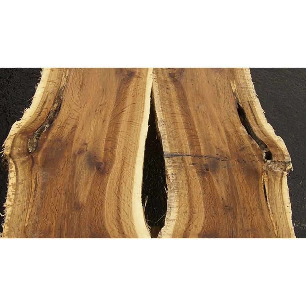北欧カントリー風 ウッドPCデスクシリーズ デスク・幅180cm 素材には、船舶などに用いられる丈夫な北海道産オーク材(ナラ材)を選定。間伐材を利用することで森林の保護にも貢献しています。