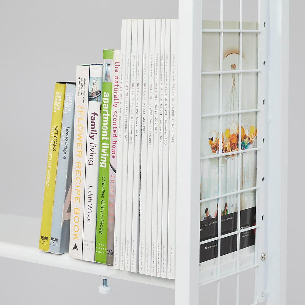 〈奥行26cm・幅93~122cm〉幅と高さがピッタリ!伸縮式スチールラック 収納イメージ(2):雑誌や洋書といった大きめの書籍にも
