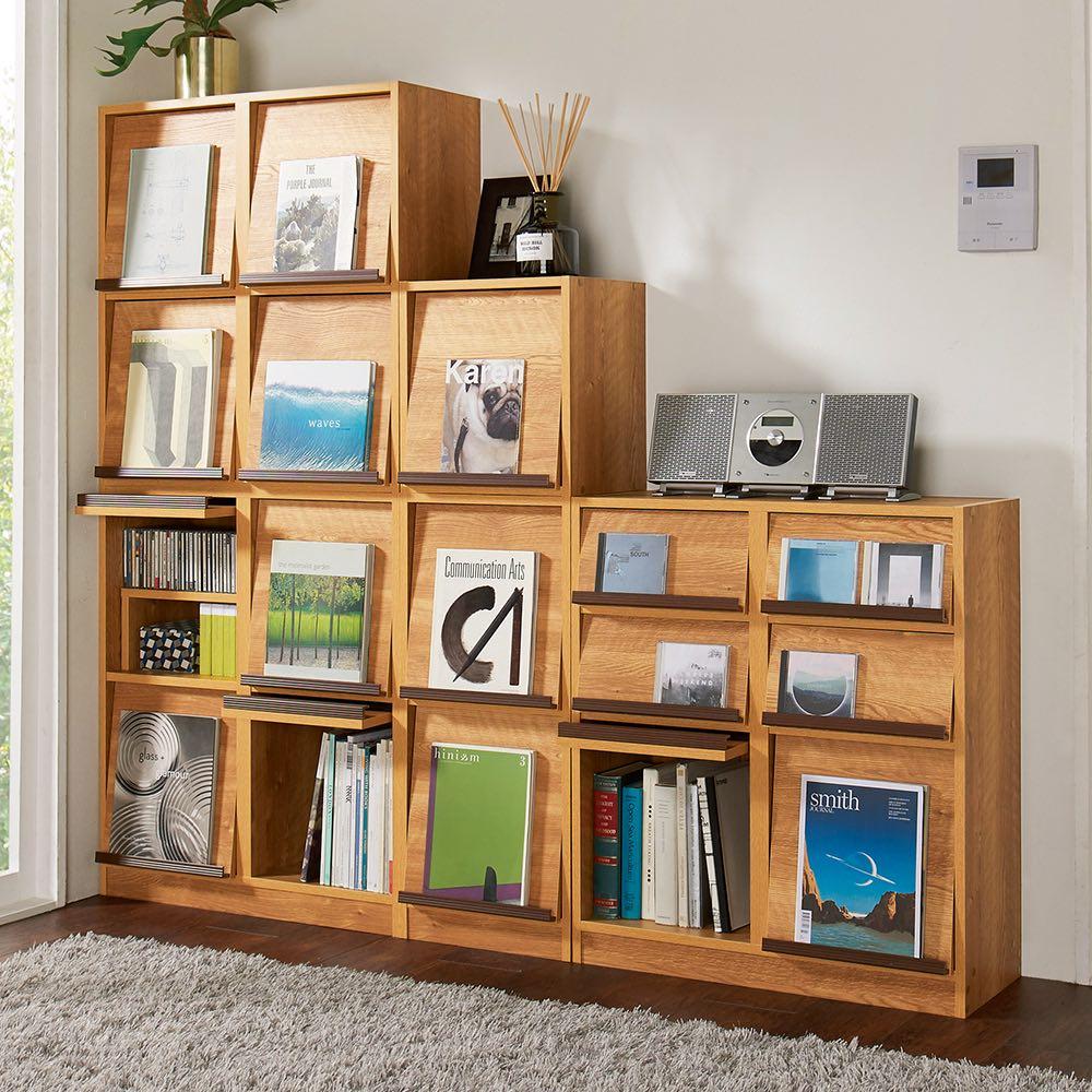 ヴィンテージウッド調 マガジン&レコードキャビネット ベース 扉タイプ 2段1列[幅37.5cm奥行39cm高さ85cm] スイッチをよけたり飾り棚としてのシリーズ商品の組み合わせ例です。