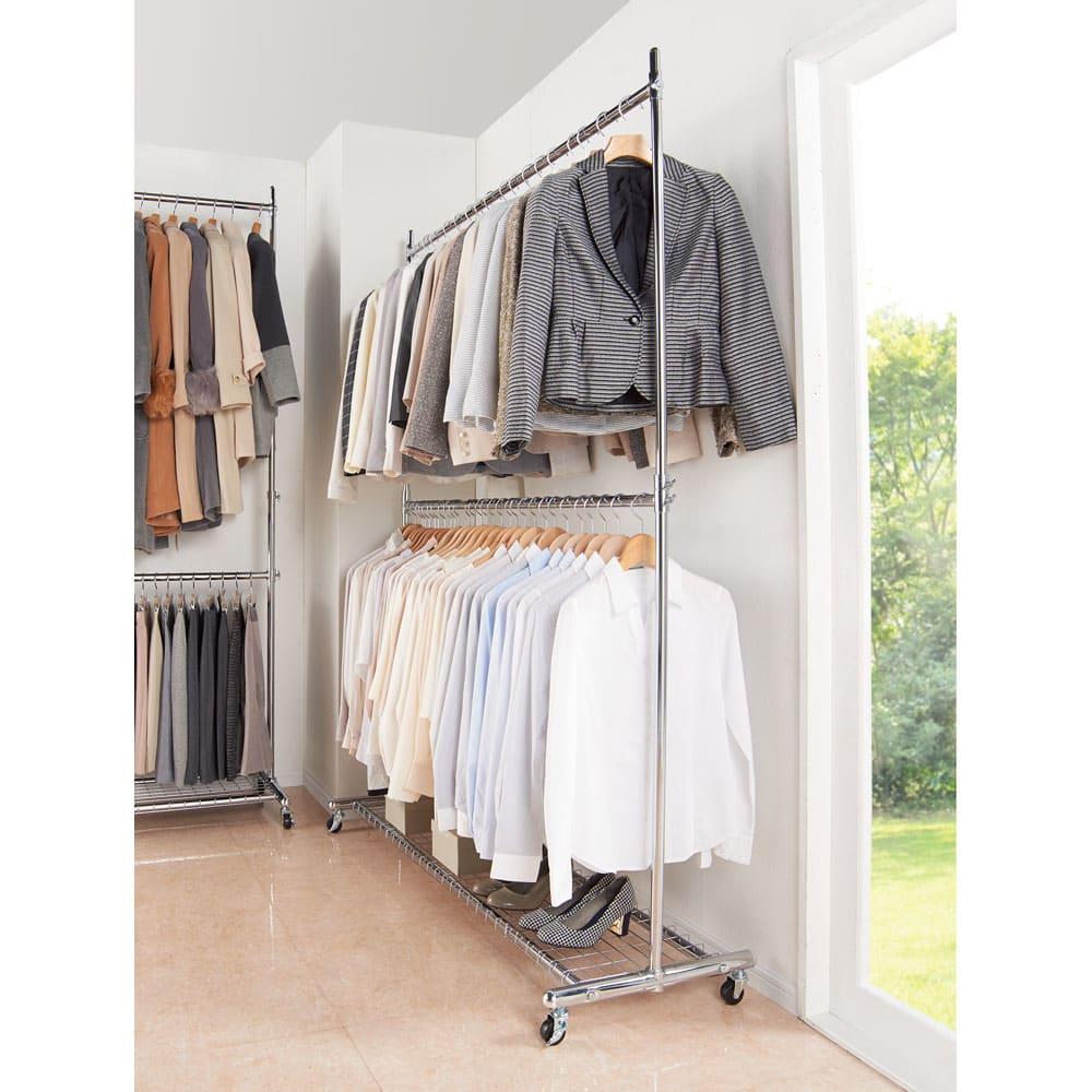 プロ仕様 上下2段頑丈ハンガーラック 幅57cm 耐荷重約80kgの頑丈仕様なので洋服をたくさん掛けられます。