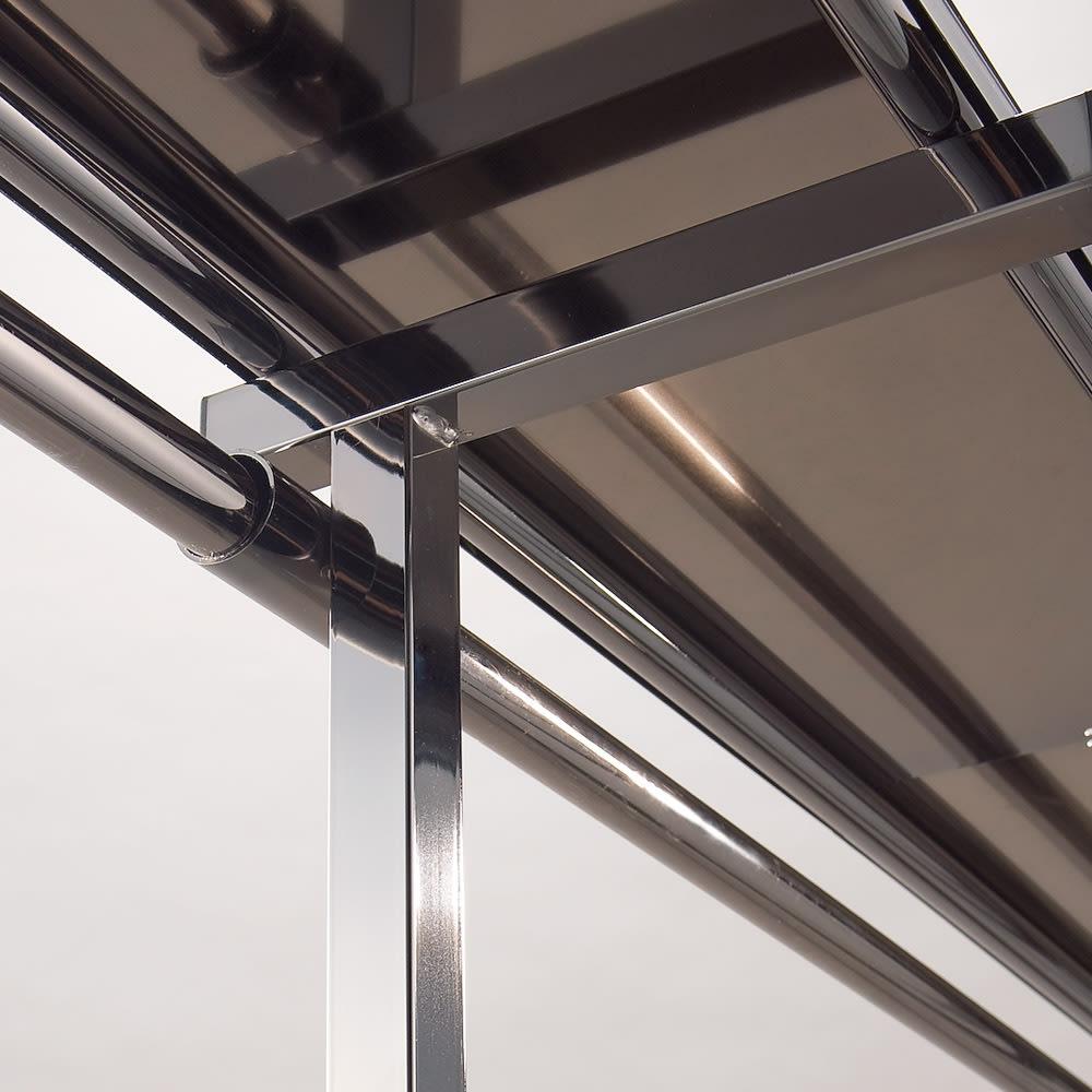 奥行30cm 光沢ブラッククローゼットハンガーラック ハイタイプ・幅140~250cm シャープな光沢を放つブラックメッキ仕様。