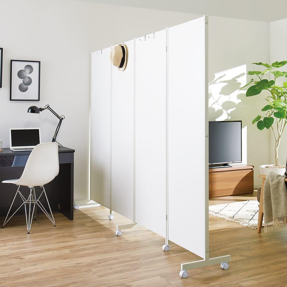 キャスター付き折りたたみパーテーション 3連 本体高さ180cm (ア)ホワイト ※写真は4連・本体高さ180cmです。