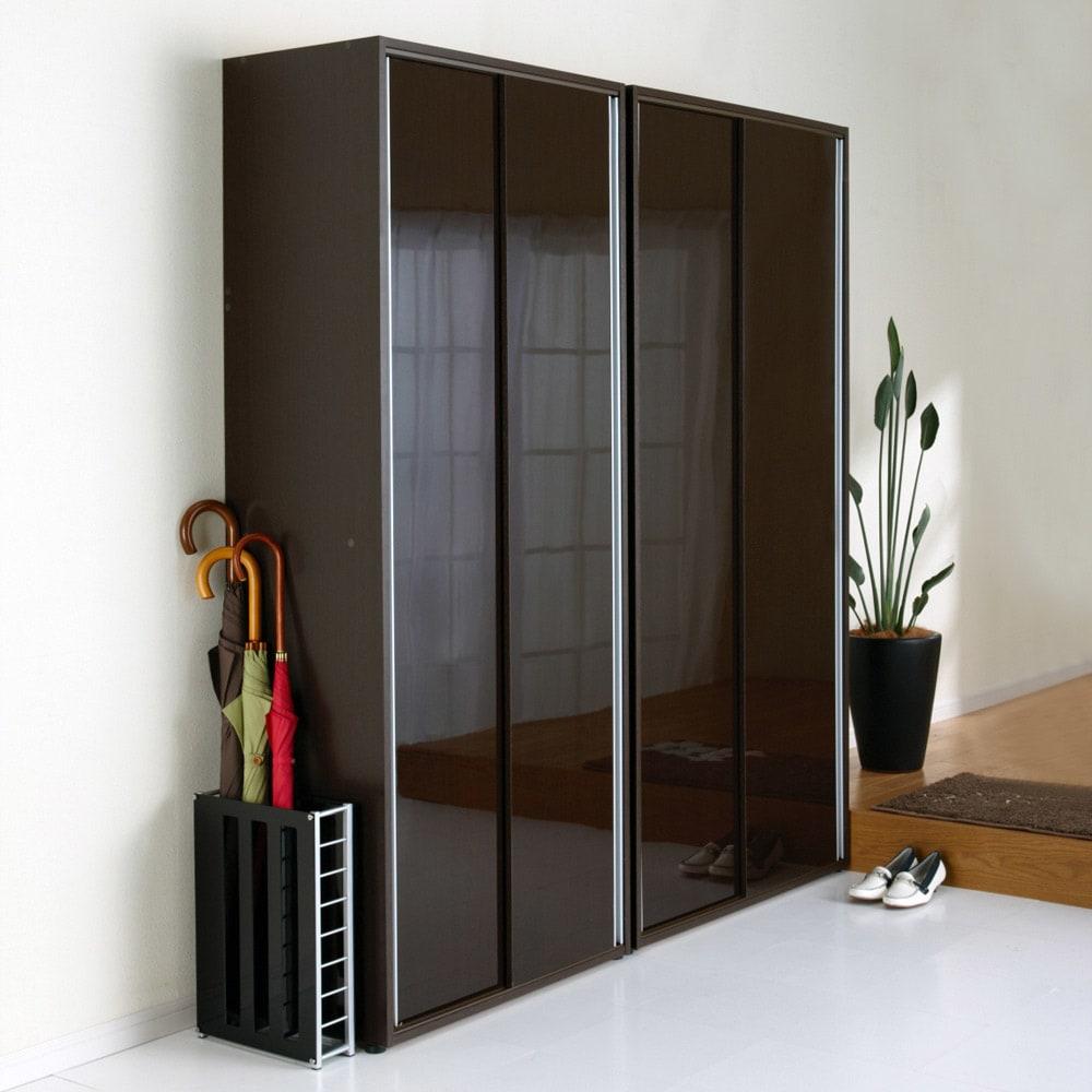 大量玄関収納 引き戸シューズボックス 幅92cm 美しい光沢感でシンプルモダンな玄関インテリア収納家具です。