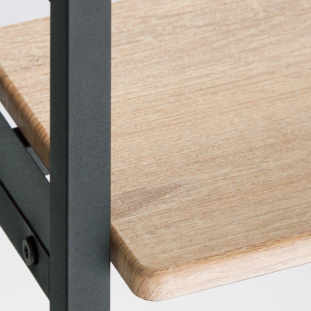 ブルックリン風 突っ張り薄型シューズラック 幅65.5cm 奥行20cm 高さ230~270cm 木目調棚板とざらっとしたマットなスチールの異素材ミックス。