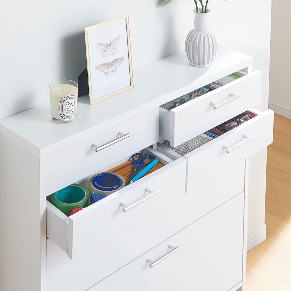 玄関小物ひとまとめチェスト 幅84cm 【引き出し】筆記具など細かい物がしまいやすい浅型引き出し。