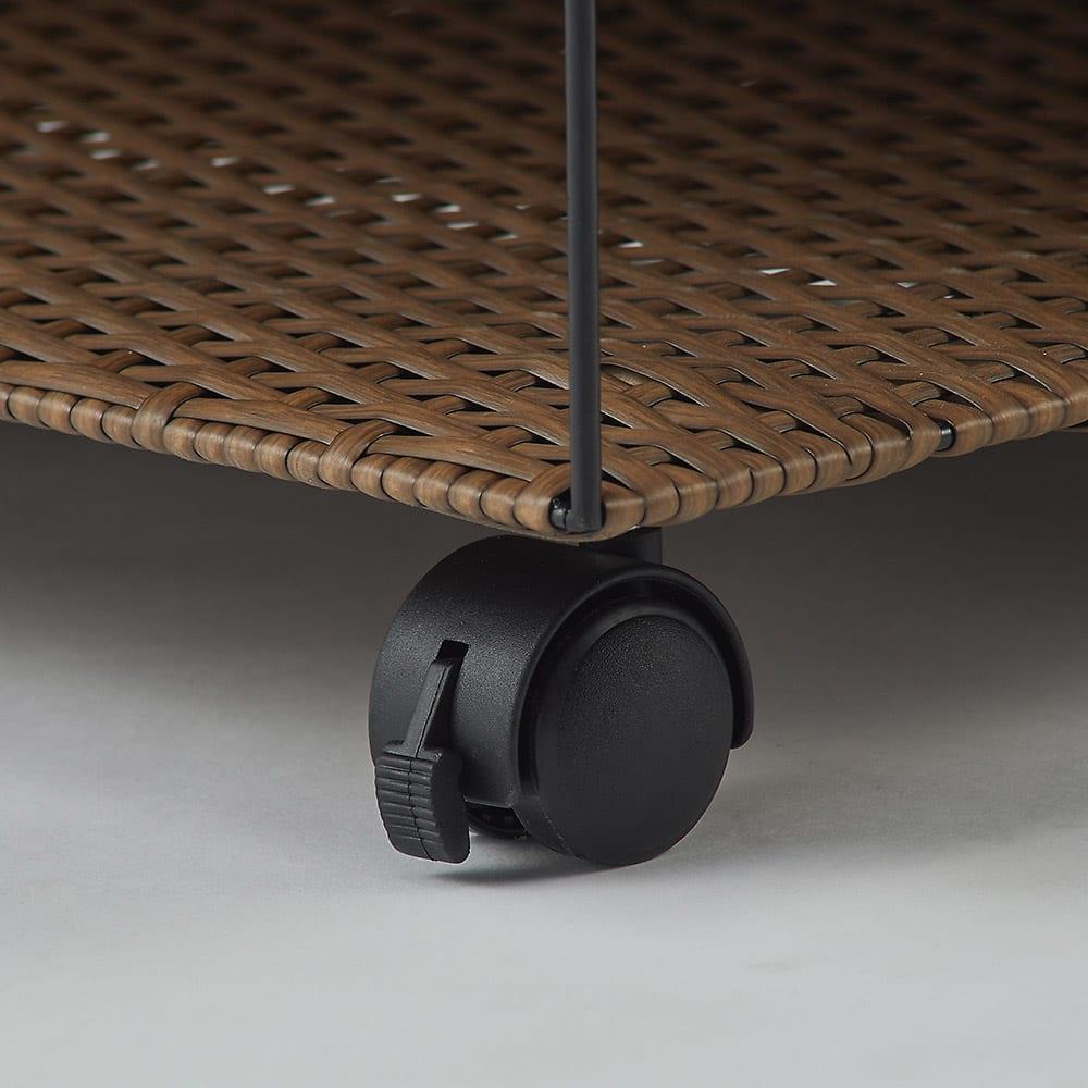 ラタン調の下駄箱下に収まるシューズワゴン 幅60cm ストッパー付き隠しキャスター