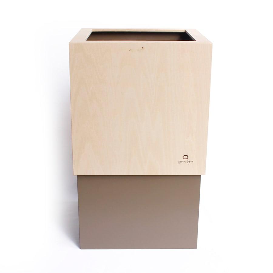 ヤマト工芸 キューブダストボックス グレイッシュブラウン色見本 ※ロゴマークは実際には「W CUBE」と入ります