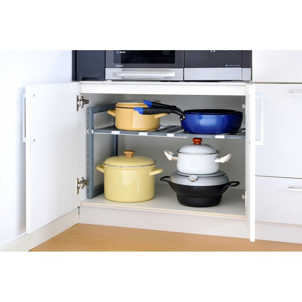 バット蓋付きIH対応段付き天ぷら鍋 24cm フタは平らなので、収納便利。