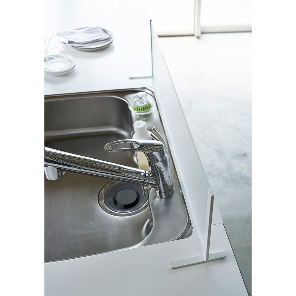 アクリル製 シンクの水はね防止ガード