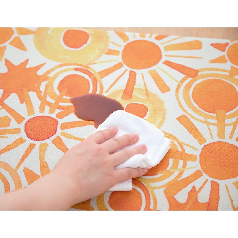 Jocomomola/ホコモモラ 汚れが拭けるPVCキッチンマット 45×240cm 汚れてもサッと拭ける、PVC素材のキッチンマット。