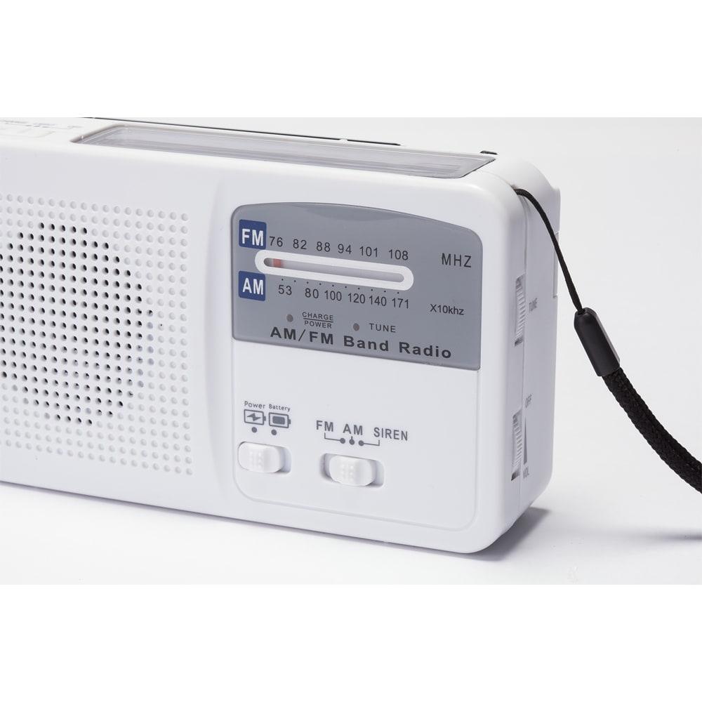6WAY携帯充電ラジオ 明るいLEDライト。
