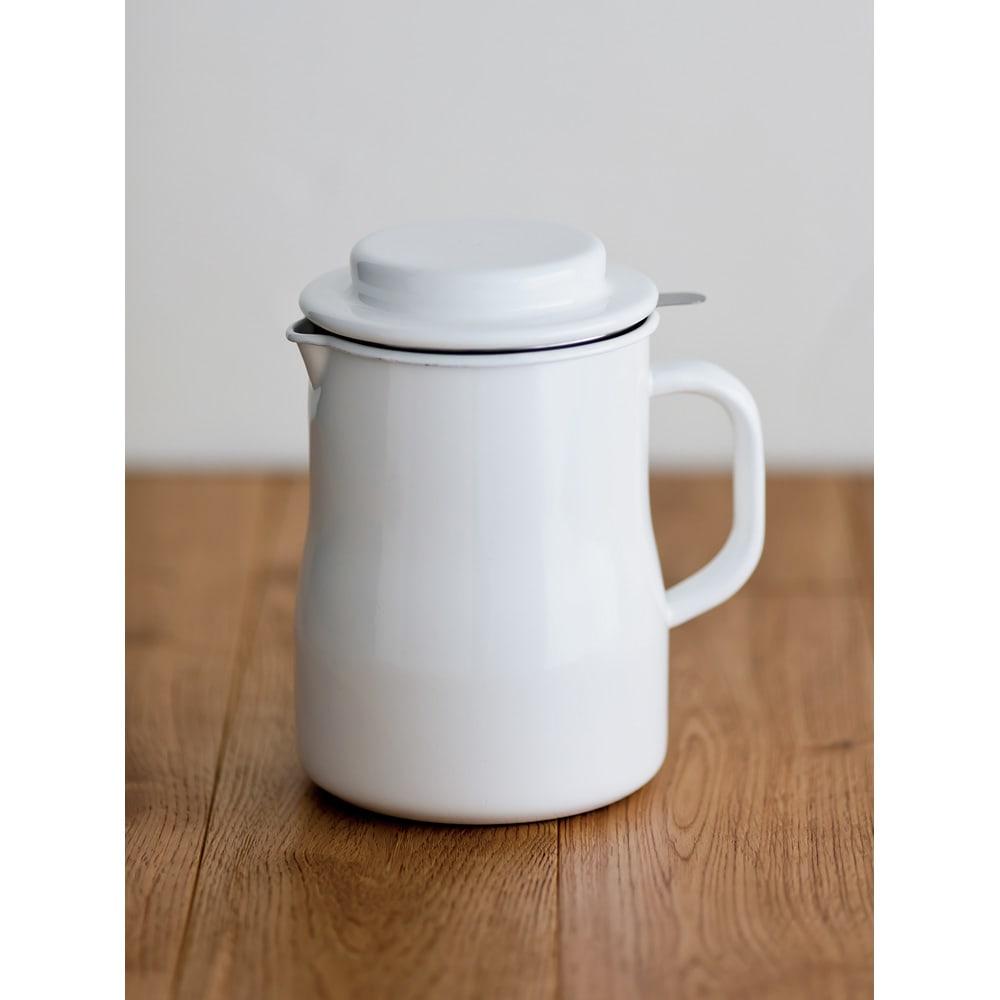 キッチン 家電 キッチン用品 キッチングッズ 保存容器類 一度でたっぷり濾せる野田琺瑯のオイルポット 活性炭カートリッジ1個付き 561402