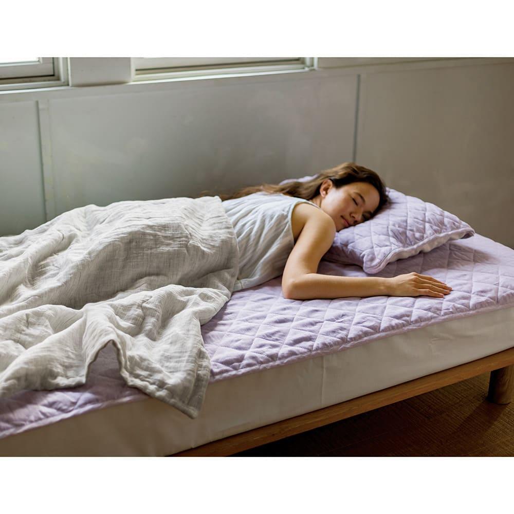中わたまでオール麻 洗える本麻シリーズ 敷きパッド コーディネート例 (イ)パープル ※お届けは敷きパッドになります。