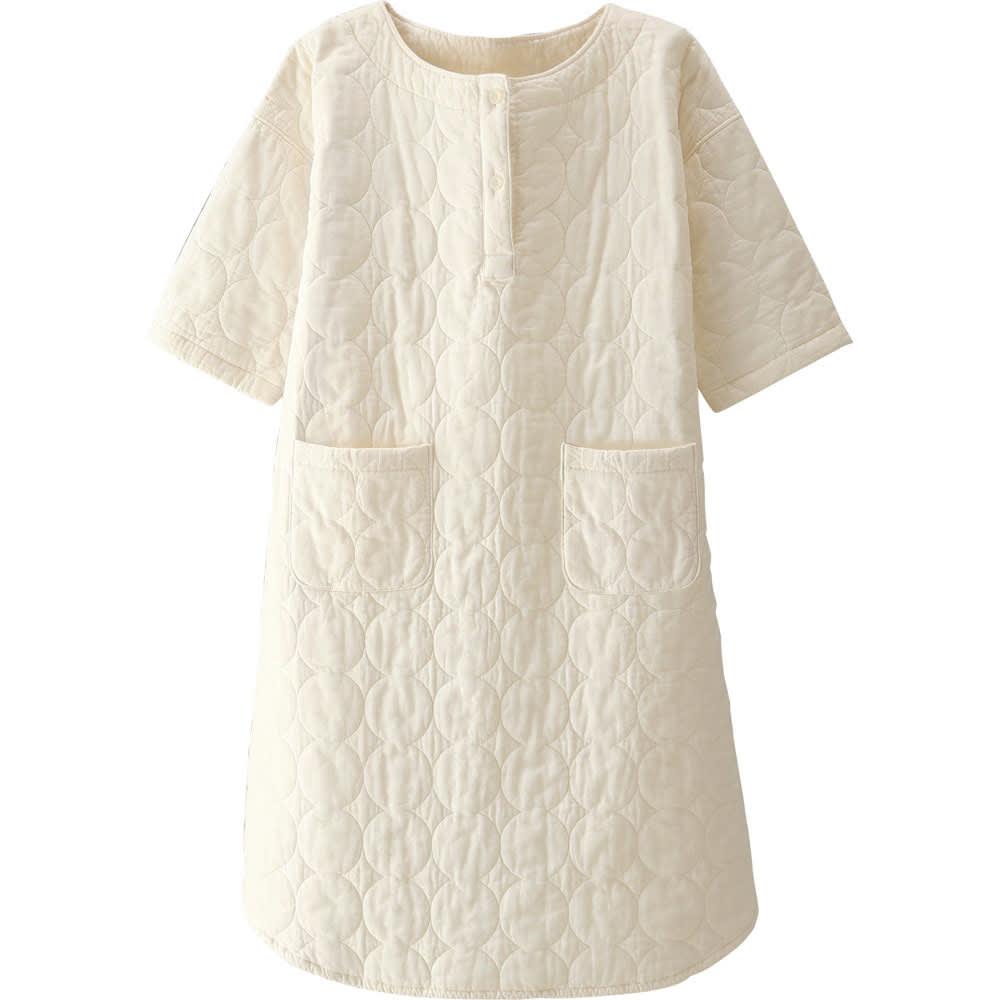 パシーマ(R)でつくったパジャマ パシーマ使いのパジャマ。使うほどにやわらかく、ふんわりと風合いがよくなります。