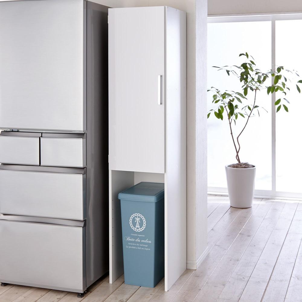 ゴミ箱上を活用できる下段オープンすき間収納庫 幅40cm ※ゴミ箱は商品に含まれません。