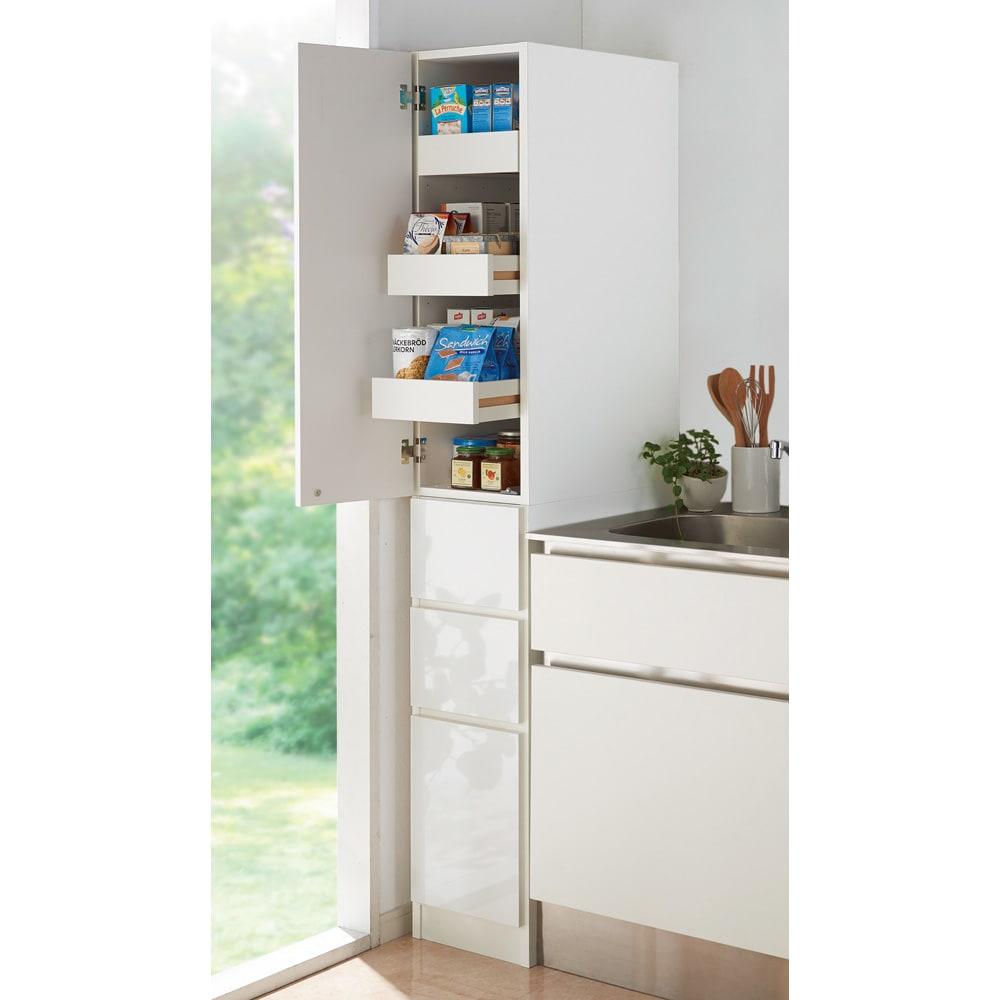組立不要 取り出しやすいスライドトレー付きすき間収納庫 幅30奥行55cm キッチンストッカー・食品ストッカー