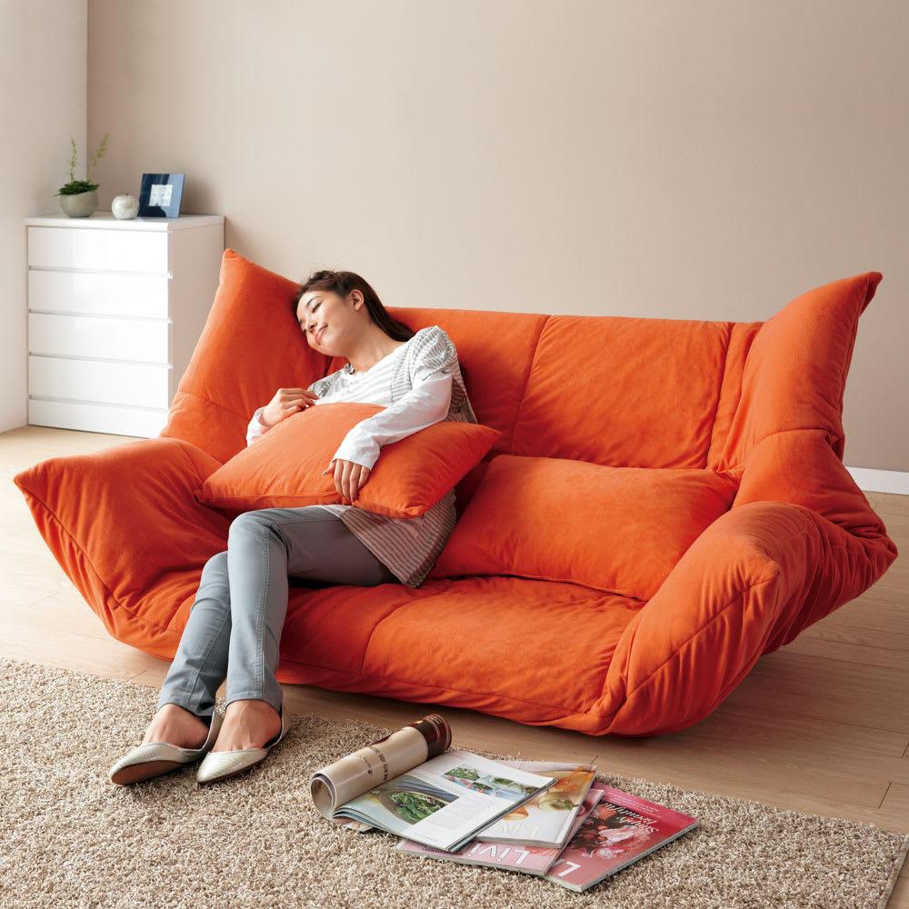 家具 収納 ソファー ローソファー フロアソファ お好みスタイルが自在に!洗えるカバーリング マルチリクライニングソファ ハイバックタイプ 570904