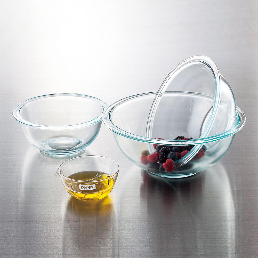 pyrex/パイレックス 耐熱ガラスボウル 4点セット 1915年に米国で生まれ、世界中で親しまれている耐熱ガラスブランド。