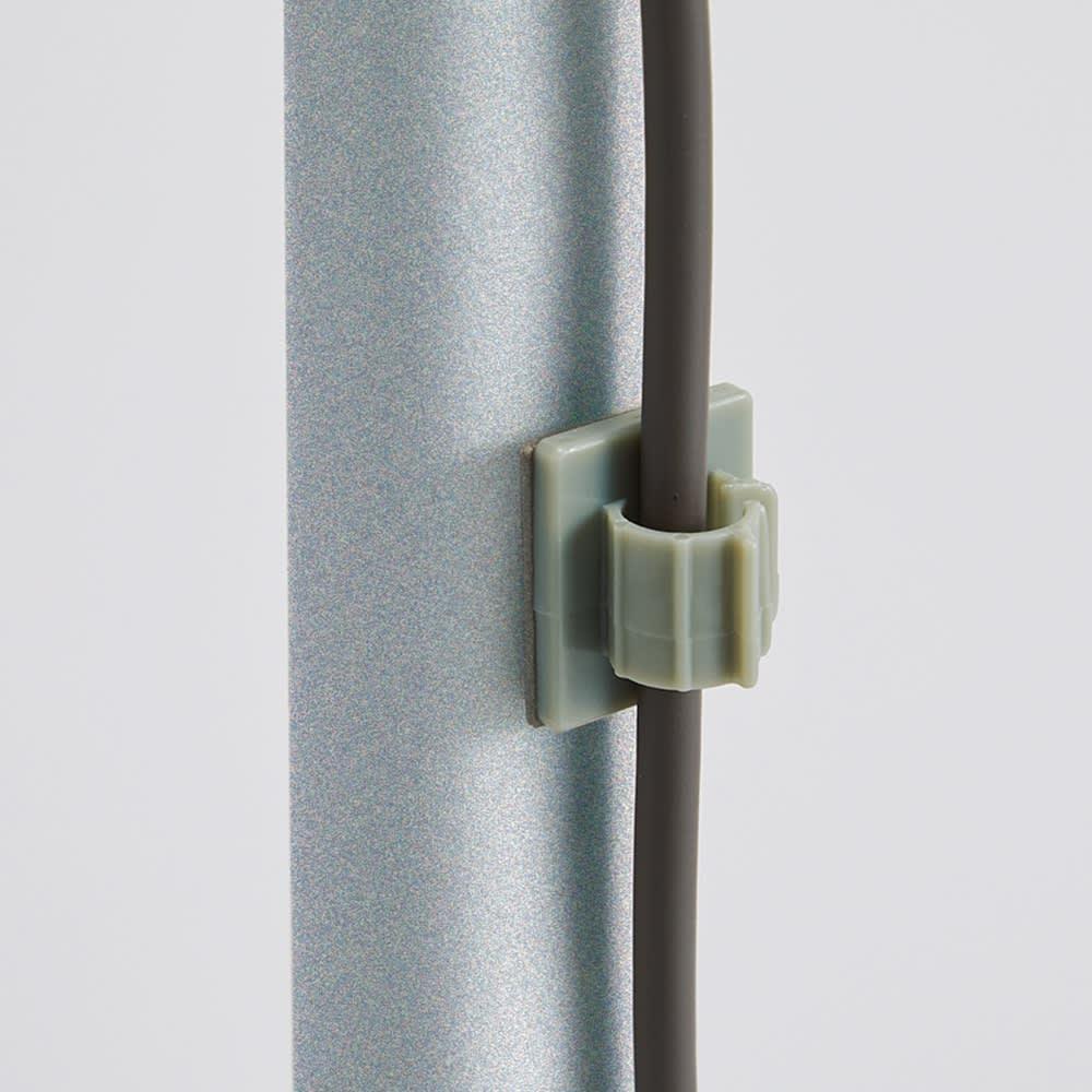 ダイソン専用 スティッククリーナースタンドZERO 収納力アップパーツセット 配線が背面に納まります。