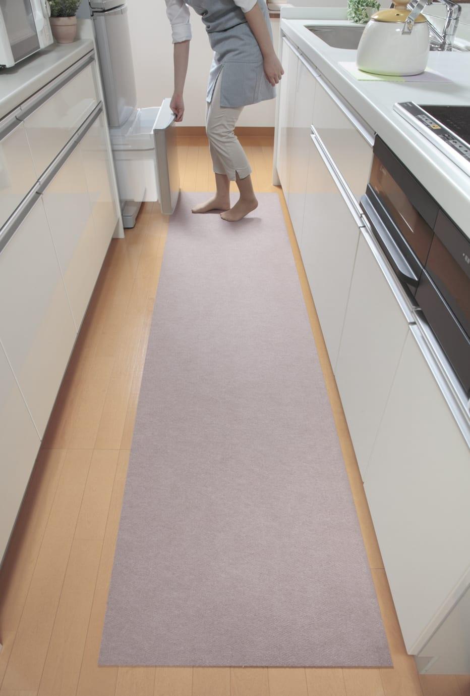 カテキン消臭&はっ水 おくだけ吸着ロングマット(1枚)(幅90cm) (ア)ベージュ(ライトベージュ) 廊下などに。