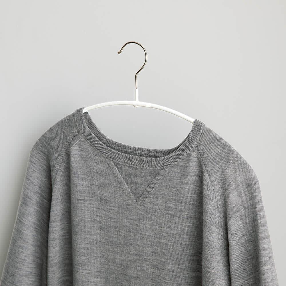 MAWA(マワ)洗濯ハンガー レディススリム 型崩れしにくい。肩が伸びたり跡がついたりしにくく、服の美しいシルエットをキープできます。